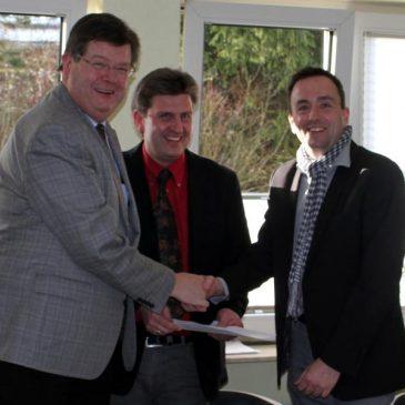 Kooperationsvertrag zwischen Anne-Frank-Schule, Rhönschule und Interessensgemeinschaft Industriepark Rhön IGIR