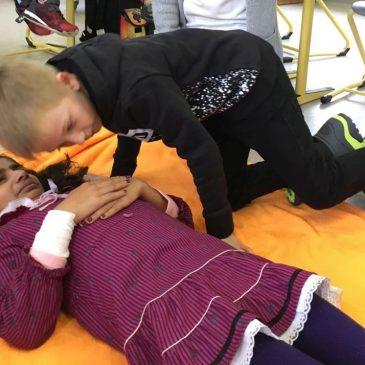 Erste-Hilfe-Einstieg in der Grund- und Mittelstufe
